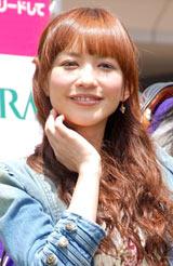 JRAの競馬デートシミュレーションサイト『わたしをウマくリードして』のPRイベントに出席した優木まおみ