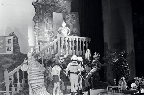 ウルトラマンが視聴者の前に初めて姿を見せた、1966年7月10日放送の『ウルトラマン前夜祭 ウルトラマン誕生』(TBS系) (C)円谷プロ