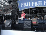 『フジファブリックpresentsフジフジ富士Q』には奥田民生をはじめ15組のアーティストが出演、フジファブリックのボーカル志村正彦さんを追悼