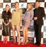 映画『バイオハザードIV アフターライフ』のワールドプレミアに出席した(左から)中島美嘉、ミラ・ジョヴォヴィッチ、アリ・ラーター、ウェントワース・ミラー (C)ORICON DD inc.
