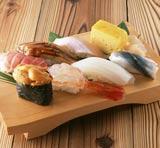 回転寿司店で一番最初に食べるネタは?