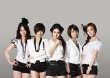 KARA(右から2番目がスンヨン)