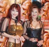 映画『バタフリスタ すべては、愛の行為。』の完成記念イベントに出席した(左から)叶美香と初監督を務めた叶恭子 (C)ORICON DD inc.