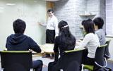 世界初の社会貢献事業を展開することが分かった早稲田塾の授業風景