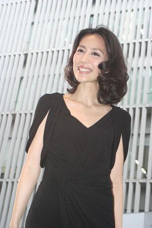 第23回東京国際映画祭グリーンカーペットに登場した木村佳乃 (C)ORICON DD inc.