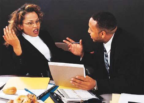 """職場での""""臭い管理""""あなたは大丈夫?"""