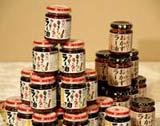 雑誌『日経トレンディ』(日経BP社)が選ぶ「2010ヒット商品ベスト30」今年のヒット商品1位の「食べるラー油」