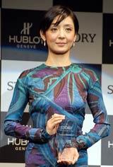今年最も輝きを放った40代女性タレントに贈られる『STORY 2010 Woman of the year』を受賞した草刈民代 (C)ORICON DD inc.