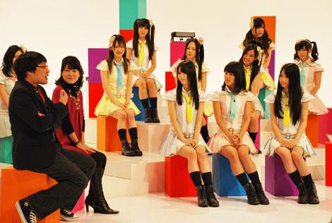 27日放送分のゲストには、新田恵利(左より2人目)を迎える