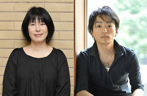 第144回直木賞を受賞した木内昇氏(左)と道尾秀介氏