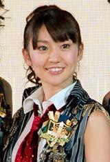 『びっくりぱちんこ 銭形平次 with チームZ』特別先行展示会に出席したAKB48・大島優子