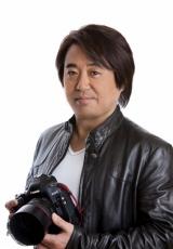 秘蔵写真を提供するカメラマンの宮澤正明氏
