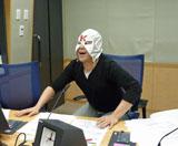 同番組の謎の覆面パーソナリティー「K太郎」も慶大経済学部を受験していたが、こちらも不合格