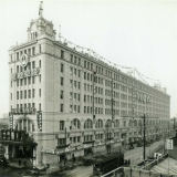 1931年、開業当時の浅草駅と町並み