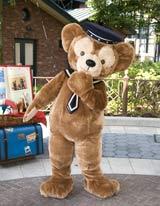 人気キャラクター・ダッフィーのグリーティング施設が誕生! (C)Disney