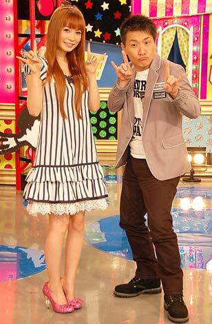 NHK『名作ホスピタル』でMCを務める(左から)中川翔子、ますだおかだ・増田英彦 (C)ORICON DD inc.
