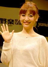 デビュー10周年記念アルバム『LIBERTY』発売記念イベントを行った神田沙也加