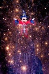 新ナイト水上ショー『ファンタズミック!』 (C)Disney
