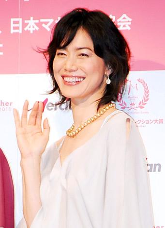 『第4回ベストマザー賞2011』で「音楽部門」を受賞した今井美樹 (C)ORICON DD inc.