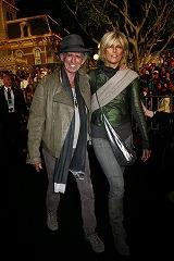 映画『パイレーツ・オブ・カリビアン/生命の泉』USプレミアに出席したキース・リチャーズ(左)