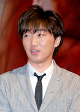 和田アキ子の「COPD広報大使」就任会見に登場したスピードワゴン・小沢一敬