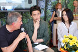 「3.11 A Sense of Home Films」プロジェクトについてカンヌ映画祭で会見する河�P直美監督(右端)