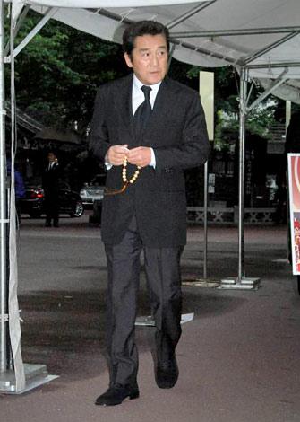 俳優・長門裕之さんの通夜に参列した松方弘樹 (C)ORICON DD inc.