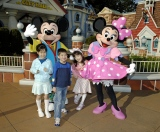 オリエンタルランドが子ども用パスポート(4〜11歳対象)が半額になるサービスを実施  (C)Disney