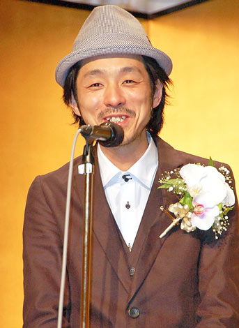 http://contents.oricon.co.jp/upimg/news/20110531/88288_201105310823797001306839546c.jpg