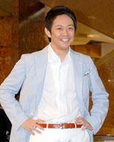 『スーパークールビズ』ファッションショーに登場したテレビ朝日・平石直之アナウンサー