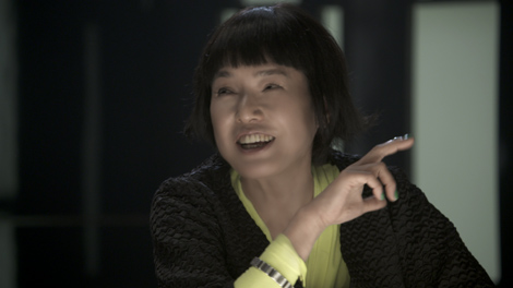 """ウィルコム新CMで佐々木希に""""女優道""""を指南する桃井かおり"""