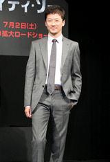 ハリウッドデビュー作『マイティ・ソー』のプロモーションで凱旋帰国した浅野忠信