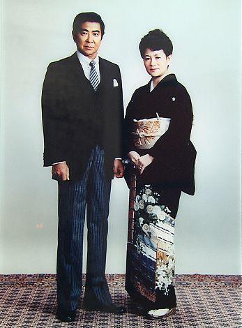 神田正輝の結婚式で仲人を務めた裕次郎さんとまき子さん