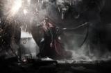 コスチュームを一新してスーパーマン見参 映画『マン・オブ・スティール(原題)』(2013年公開)より (C)Warner Bros. Ent. All Rights Reserved