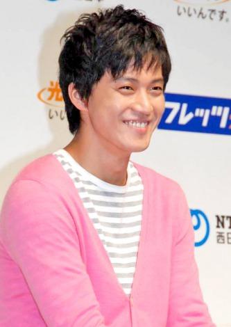 NTT西日本『フレッツ光』の新CM完成発表会に出席した小栗旬 (C)ORICON DD inc.
