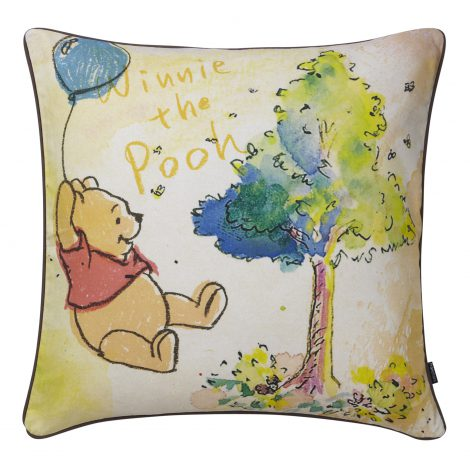"""大人カワイイ""プーさんグッズ続々 フFrancfranc『クッションカバー Hand Painted』 (C)DISNEY Based on the""Winnie the Pooh"" works by A. A. Milne and E. H. Shepard."