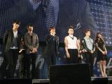 ペ・ヨンジュンが震災後初来日したイベントの模様 (写真左から)オク・テギョン(2PM)、キム・スヒョン、ペ・ヨンジュン、J.Y.Park、チャン・ウヨン(2PM)、ペ・スジ(missA) Licensed by KBS Media Ltd.(C)2011 KBS. All rights reserved.