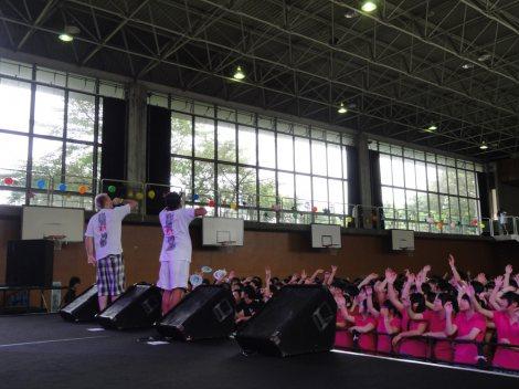 聖和学園高等学校三神峯キャンパスの体育館も大盛況