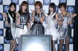 『日本HP feat.AKB48』新CM撮影を行ったAKB48の(写真左から)松井玲奈、小嶋陽菜、篠田麻里子、柏木由紀、宮澤佐江 (C)ORICON DD inc.