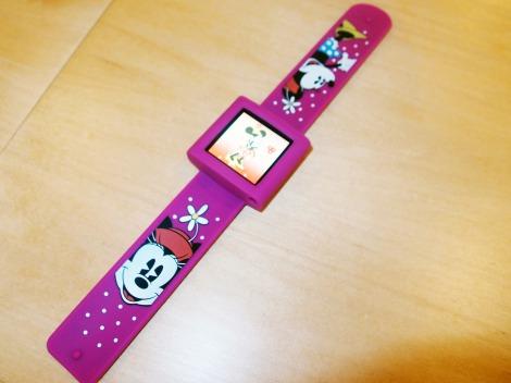 ディズニーデザインの『iPod nano』時計