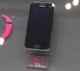 参考出展されたサムスン電子製の「Xi」対応スマートフォン