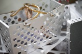 松本潤が取材した、精密板金加工の技術を使って作られた話題のバッグ
