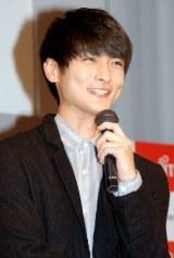富士通の『2011年冬モデル NTTドコモ向け新商品発表会』に出席した高良健吾 (C)ORICON DD inc.