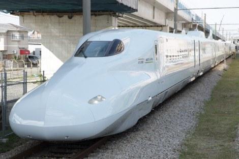 2011年の『グッドデザイン大賞』候補に選ばれた、鉄道車両『N700系7000/8000番代新幹線電車』(西日本旅客鉄道+九州旅客鉄道) ※投票結果4位:1,493 票