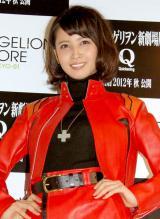 『EVANGELION STORE TOKYO-01』のオープニングセレモニーにミサトのコスプレで登場した加藤夏希 (C)ORICON DD inc.