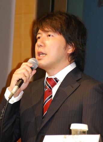 緊急会見で、DeNAを訴訟したことを発表したグリーの田中良和社長 (C)ORICON DD inc.