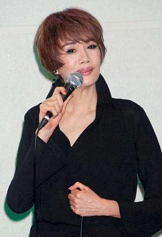 デビュー曲を披露した秀香 (C)ORICON DD inc.
