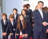 『2011年ユーキャン新語・流行語大賞』年間大賞は「なでしこジャパン」に ※写真は、佐々木則夫監督(右)と澤穂希らなでしこメンバー