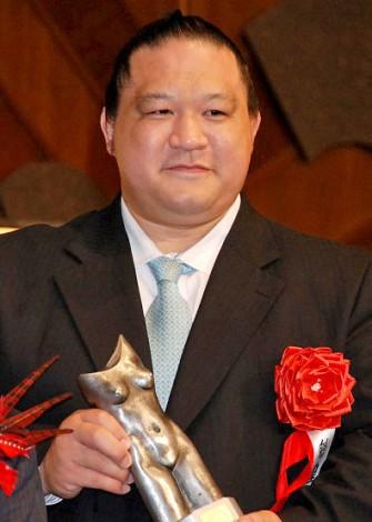2011年『ゆうもあ大賞』表彰式に出席した魁皇 (C)ORICON DD inc.