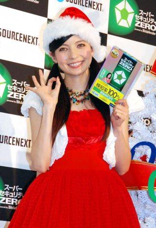 ソースネクストの『更新料0円プロジェクト』発足発表会に出席したベッキー (C)ORICON DD inc.